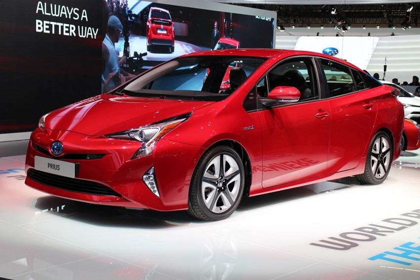 Новый Toyota Prius пошел на рекорд