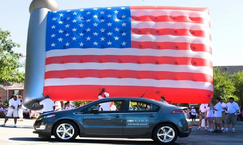 Продажи автомобилей в США резко выросли в октябре